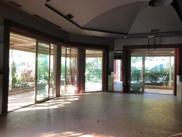 (For Rent) Commercial Commercial Property || Athens North/Kifissia - 1.000 Sq.m, 12.000€