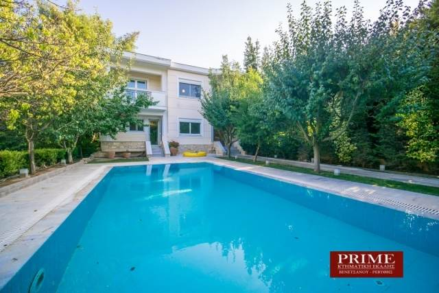 (For Sale) Residential Detached house || Athens North/Ekali - 600 Sq.m, 4 Bedrooms, 1.380.000€